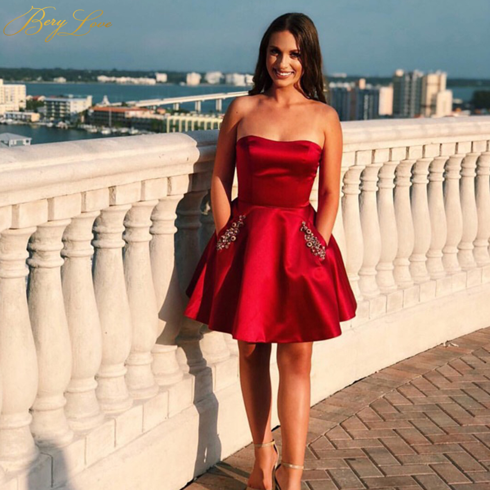 BeryLove Sexy Red Satin Short Homecoming   Dress   2019 Zipper up Back Mini   Cocktail     Dress   Party Beaded Pockets Prom Graduación Gown