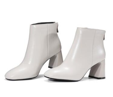 Spring and autumn new women square toe medium heel ankle boots Ladies black/off white hoof heel short boots Fashion female boots black blue round toe low heel ankle boots for women ladies spring and autumn short boots fashion boots female dress shoes