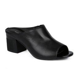 Невысокие каблуки AstaBella