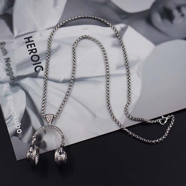Hip hop headphone necklace 4