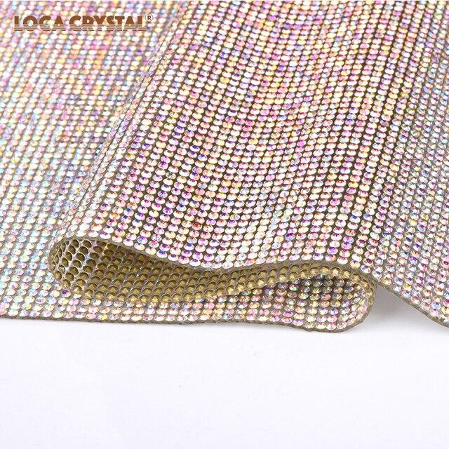Ferro em Grânulos De Cristal Malha de Hot Fix Strass Pointback Forma Redonda de strass Folha LOCACRYSTAL