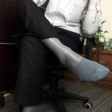 1 ペアナイロンシルク男性ストッキング透明男靴下ストライプデザインビジネスフォーマルメンズドレス靴下