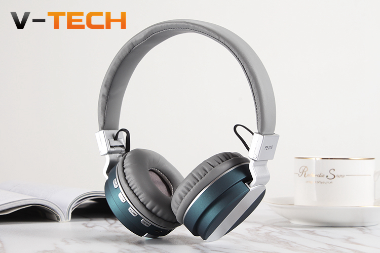 Wireless Headphone Portable Leather Metal Headset Foldable Audio Bluetooth Earphone Headphones Sports Running Headphone