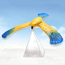 Magic Balancing Bird Science Desk Toy Balancing Eagle Novelty Fun Children Learning Gift Kid Educational Toy with Pyramid Stan