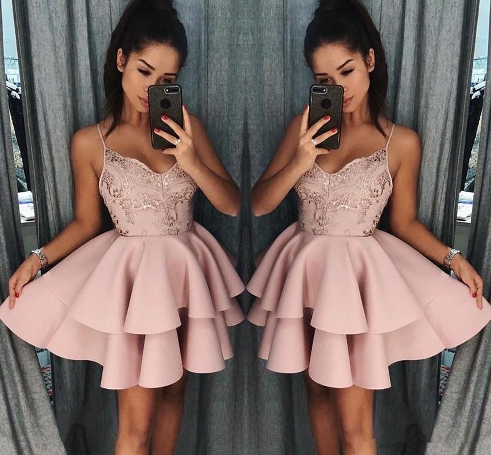 Elegant 2019 Homecoming Dresses A-line Spaghetti Straps Short Mini Appliques Lace Beaded Cocktail Dresses