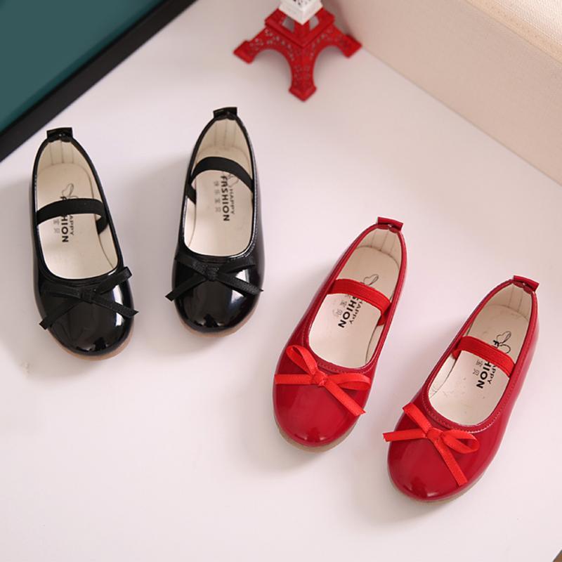 Nouvelle tendance mode filles chaussures en cuir arc princesse parti chaussures enfant talons plats chaussuresNouvelle tendance mode filles chaussures en cuir arc princesse parti chaussures enfant talons plats chaussures