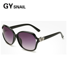GYSnail 2017 Outdoor Fashion Women The Love Wings Butterfly Sunglasses Newest Tactical Metal Hinges Sun Glasses Luxury Shades UV