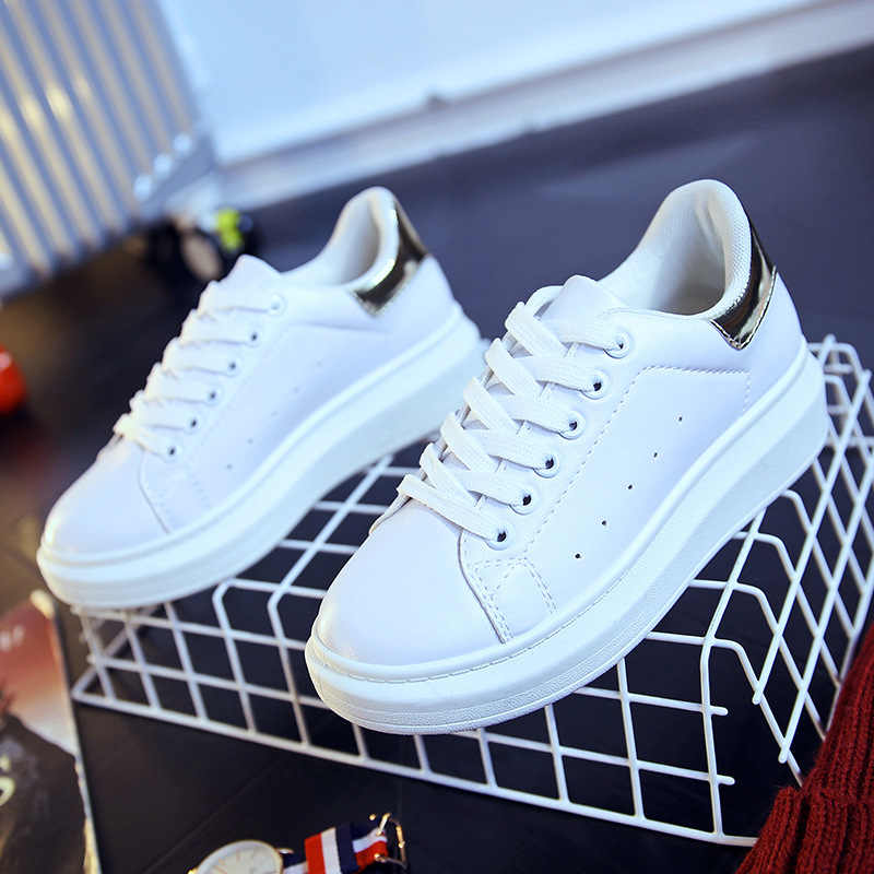2019 Vahşi Moda Kadın kanvas ayakkabılar Yeni Rahat Beyaz Kalın tabanlı Kadın Yaz düz ayakkabı Artış Ayakkabı 758