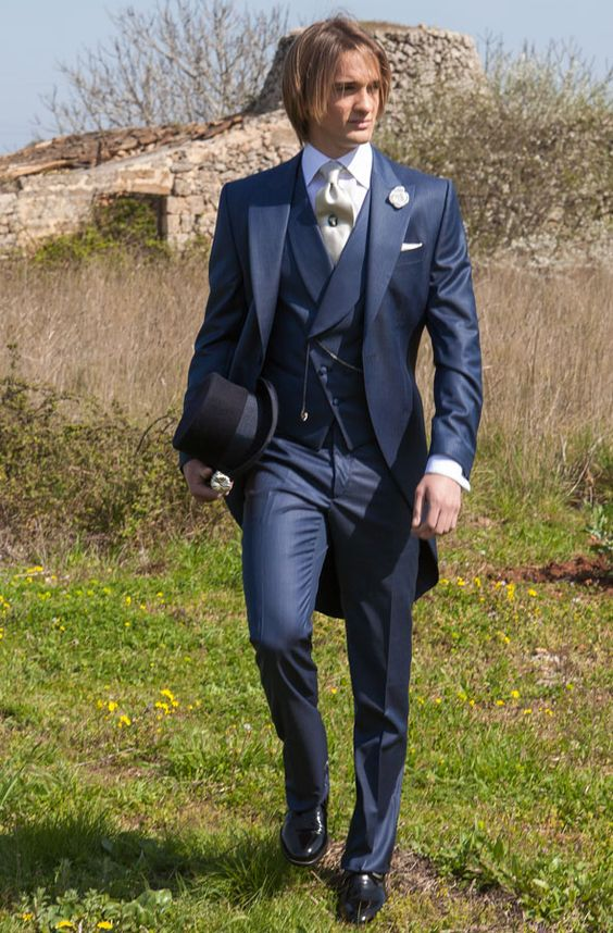 2018 Tailored Navy Blue Suit Men Tailcoat Groom Wedding Suits For Men Slim Fit 3 Piece Tuxedo Prom Custom Blazer Terno Masuclino