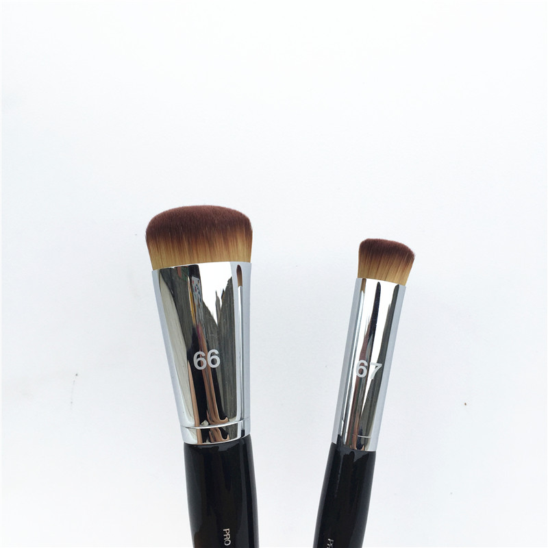 Beauty Blender Or Brush For Full Coverage: PRO Press Full Coverage Complexion Brush #66 / Precision