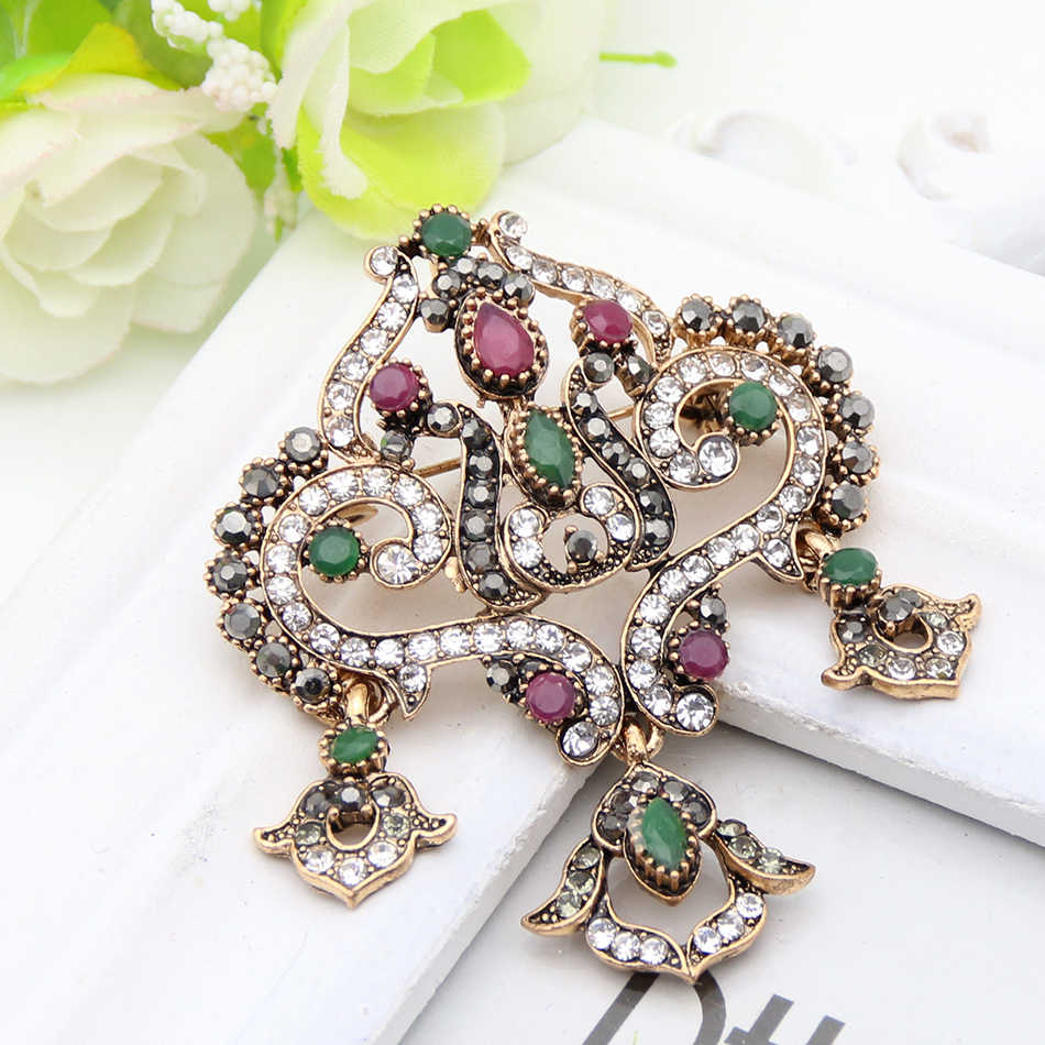 New Style Vintage Turkish Gold Color Colorful Crystal Brooch Drop Pendant Hollow Broches Brooches Ladies Wedding Party Gift