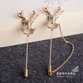 2017 Limited Brooches For The New Deer Male Suit Chain Tassel Brooch Shawl Sweater Elk Corsage Deduction Word Pin Accessories