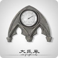 A big wind Rome retro imitation wood gift totem American living room temperature measuring wall bow shield