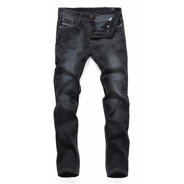 2017 de Alta Calidad de La Manera Negro de Mezclilla Simple Diseño Delgado Recto Cowboy Biker Jeans Hombres Apenada Washed Pantalones Plisados