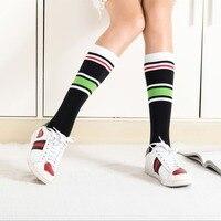 2018 Venta caliente rodilla Calcetines Otoño/Invierno moda puro algodón Calcetines mujeres rayas camuflaje apilados con caliente nuevo calcetín