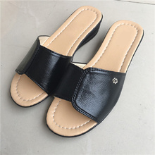 ZZPOHE D'été nouvelle mère grande taille fond mou sandales pantoufles femmes plat loisirs confortable pantoufles dames plage pantoufles