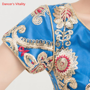 Image 3 - Ropa de baile India para adultos, traje de danza del vientre para mujer, trajes de espectáculo escénico, Tops + falda de Swing grande + conjunto de velo, 3 uds., novedad de 2018