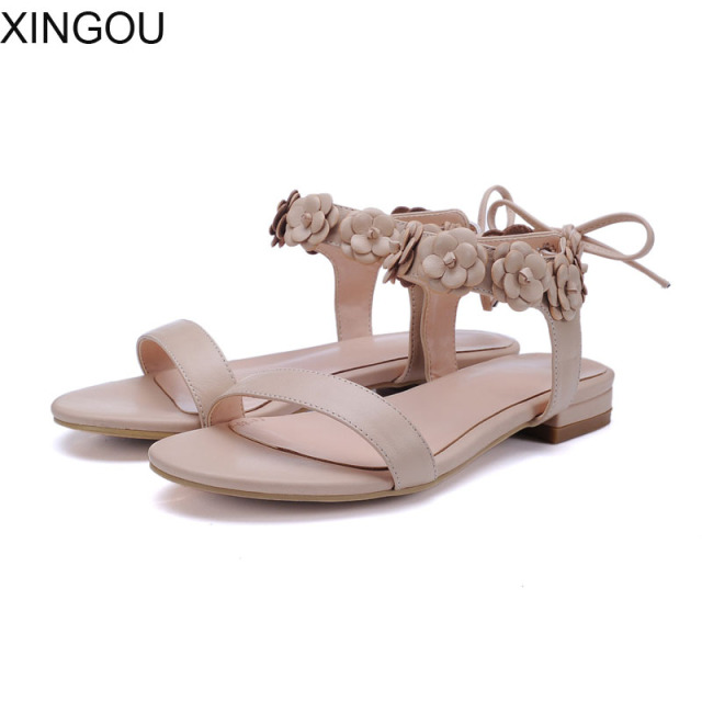 New 2018 summer women sandals European fashion simple flat sandals with flat  sandals Ankle-Wrap