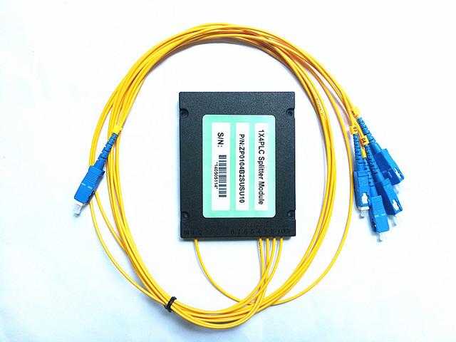 O Envio gratuito de 2 pçs/lote GPON EPON 2.0mm 1 M de Comprimento de Fibra de 1x4 ABS Caixa 1*4 SC/UPC de Fibra Óptica PLC Splitter