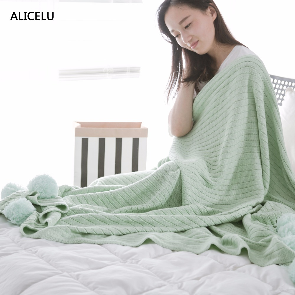 ALICELU 2017 Portable Striped Weaving Large Blanket Solid Color With Hair Ball Adult Children Baby Sofa Bed Cotton Knit Blanket
