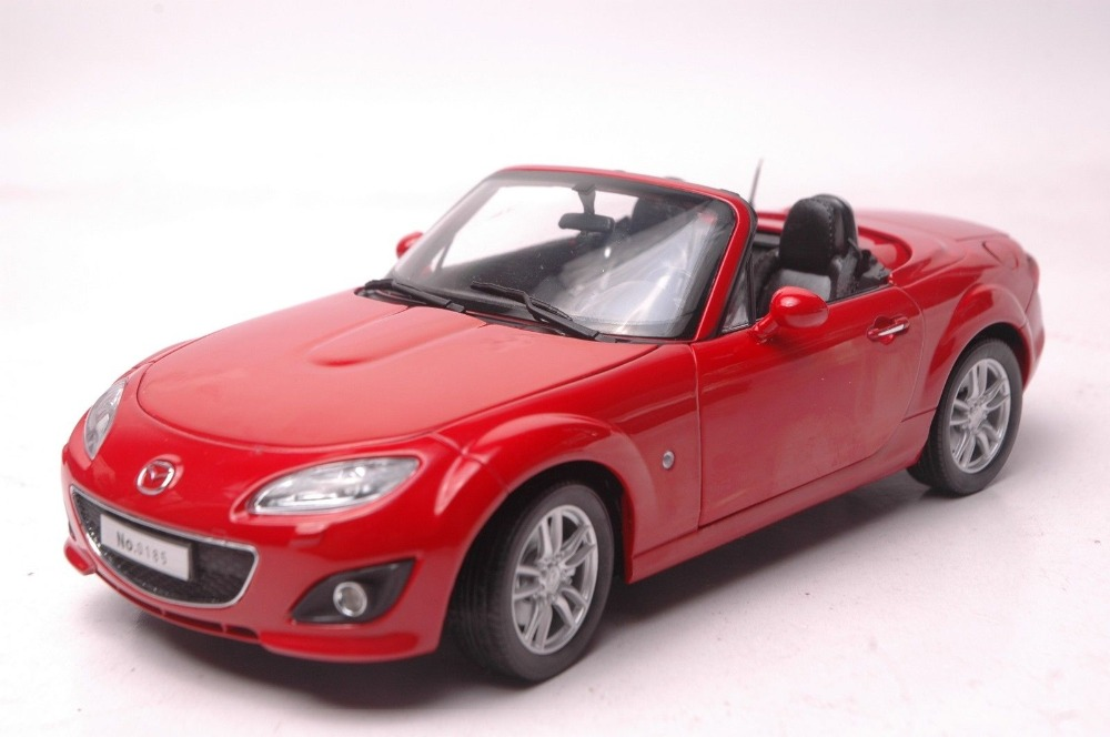 1:18 Diecast Model for Mazda MX-5 Red Roadster Alloy Toy Car Collection Gifts MX5 MX 5 1 18 diecast model for mazda 6 atenza 2014 blue sedan alloy toy car collection gifts mx5 mx 5