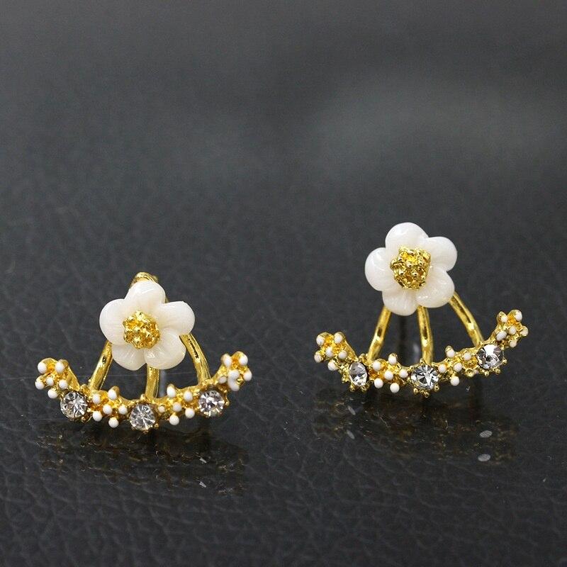 HOCOLE Metal Geometric Earrings Women boucle doreille Luxury Crystal Stud Fashion Jewelry Statement Hollow