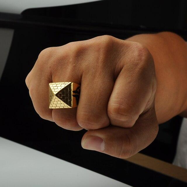 Pyramid Ring 1