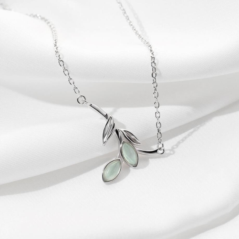 Original Design Willow Shape Fresh Student 925 Sterling Silver Clavicle Chain Literary Personality Female Necklace SNE343
