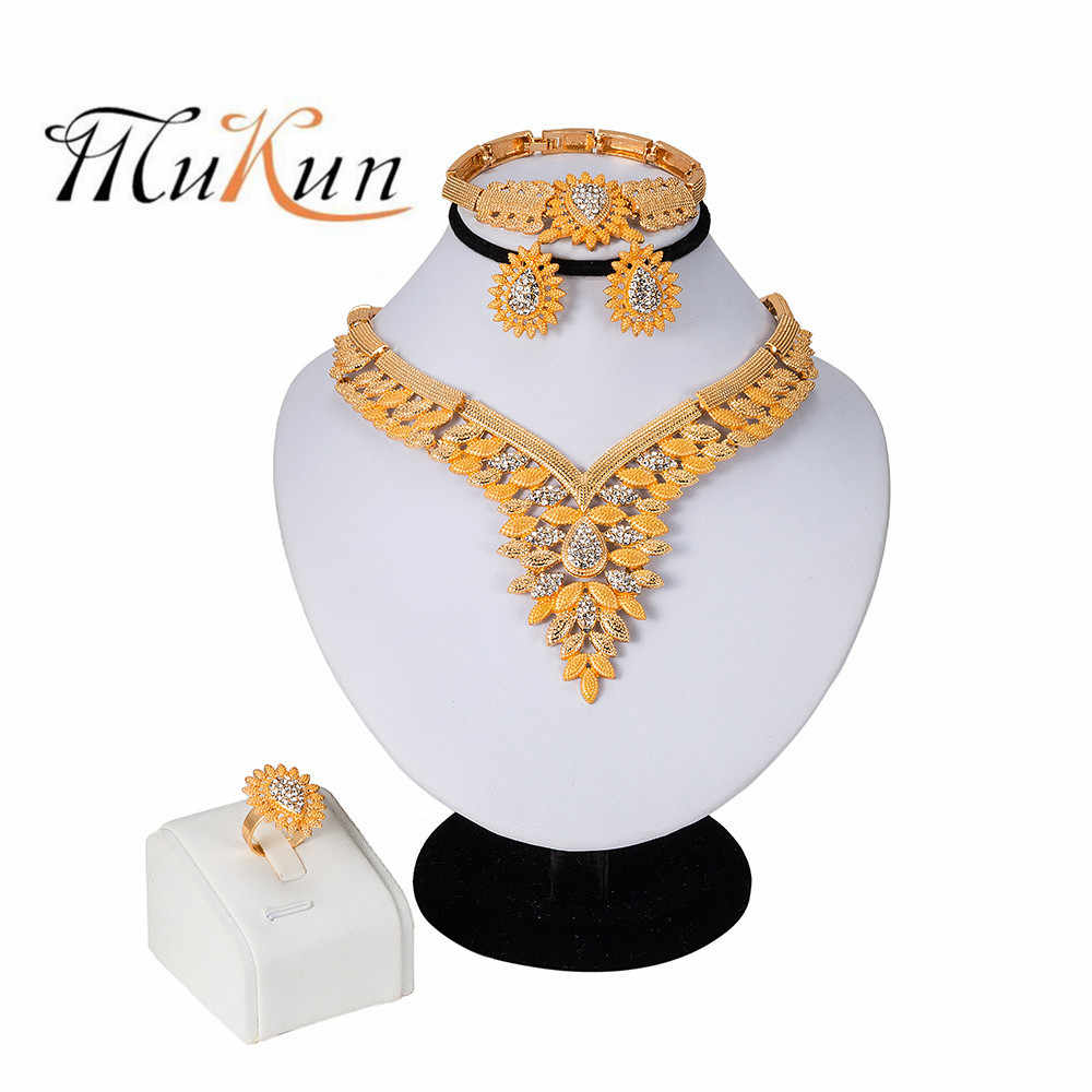 MUKUN Wholesale Luxury Nigerian Women Wedding Jewelry Sets Dubai Gold color Jewelry sets African Women Big Necklace Jewellery