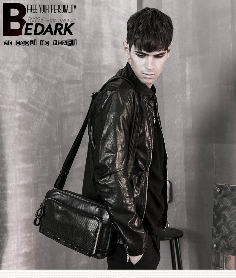 Steampunk british style bags Steam Punk Retro Handbags shoulder bag with rivets for men women punk style solid color and rivets design women s shoulder bag