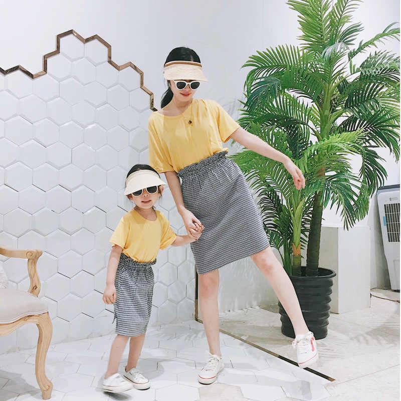 Одинаковые комплекты для семьи юбки в клетку для мамы и дочки летняя модная юбка с завышенной талией для мамы и меня элегантные юбки для отпуска