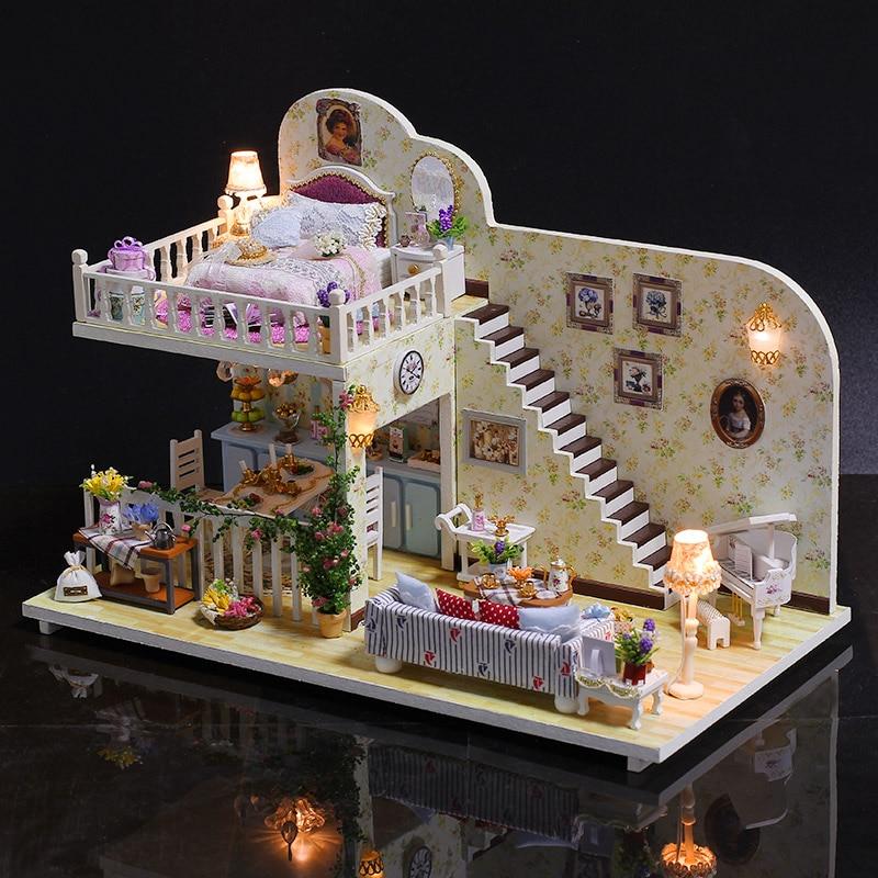 Amsterdam Village DIY Model Doll House Casa Miniature