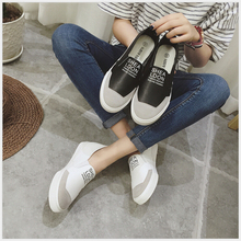 Free shipping 2017 Spring autumn new fashion women shoes classical casual leather face canvas loafers women casual shoes