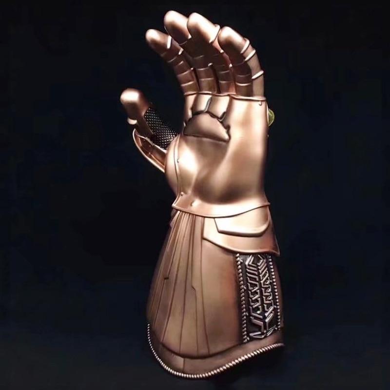Cosplay Infinity Gauntlet Avengers Infinity War Thanos Gloves Gold Cosplay Studs Halloween Prop DBP440 cosplay