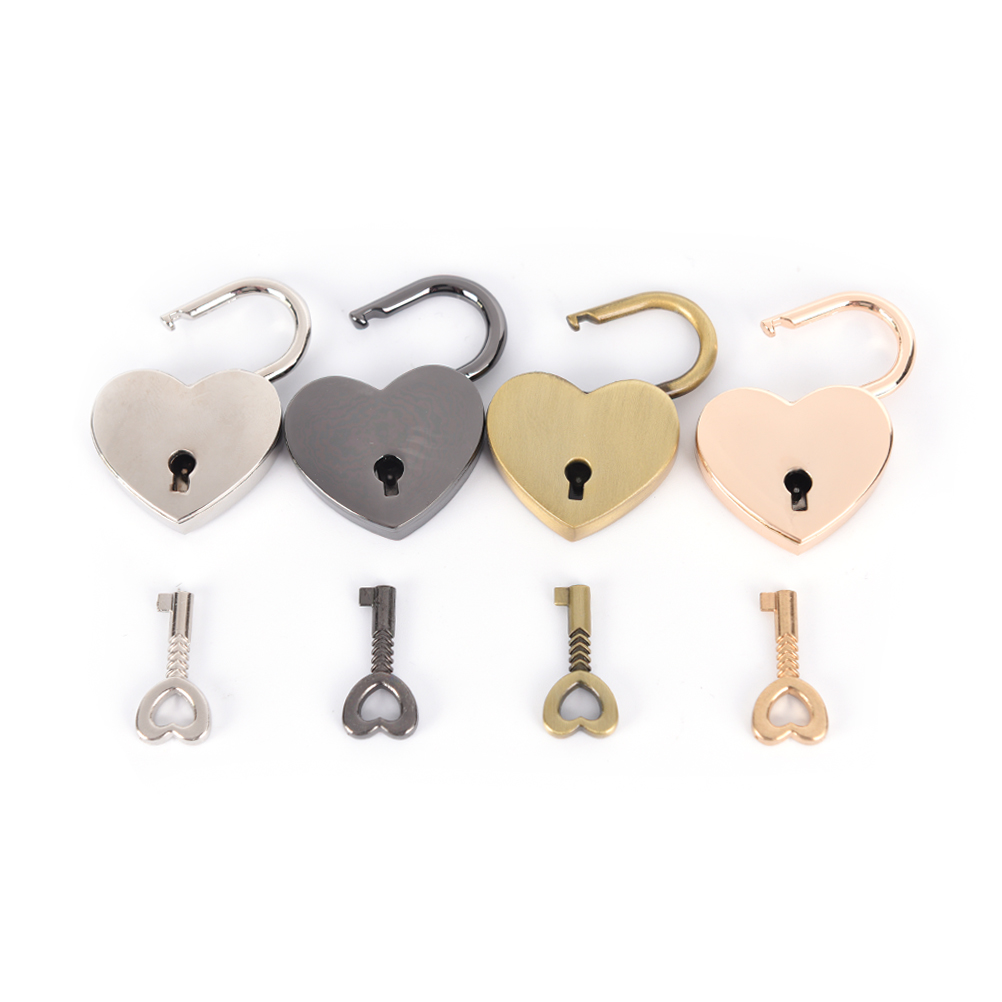 1pcs Mini Padlock Small Love Heart Shape Padlock Tiny Luggage Bag Case Lock With Keys Zinc Alloy Suitcase Locker