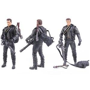 Image 3 - Classic Movie Arnold Schwarzenegger Bambola NECA Terminator 2 T800 Cyberdyne Showdown Modello di Azione del PVC Figure Toy 18 centimetri