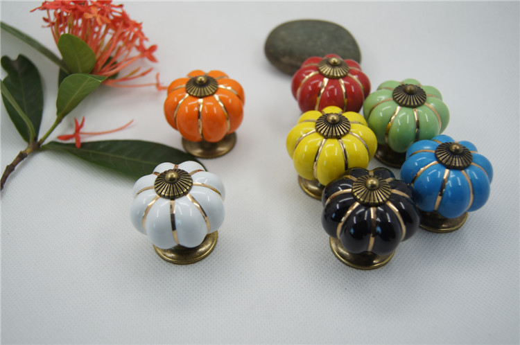 1pcs High Quality Vintage Pumpkin Ceramic Door Knobs Cabinet Drawer Cupboard Kitchen Pull 7 Colors Free Shipping push to open beetles drawer cabinet latch catch touch release kitchen cupboard new arrival high quality