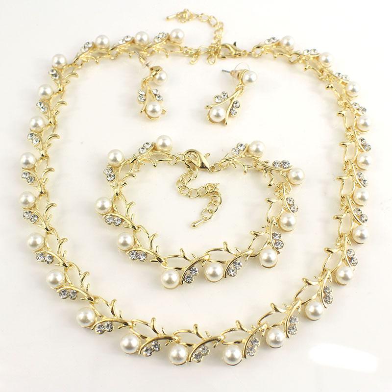 HTB1kBCCSFXXXXasXFXXq6xXFXXXo Luxurious Pearl And Crystal Wedding Party Jewelry Set - 5 Colors