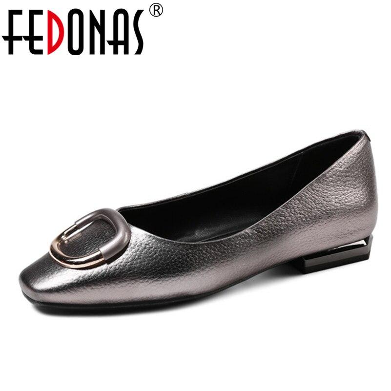 все цены на FEDONAS 2018 New Spring Classic Women Pumps Fashion Low Heel Nude Office Wedding Shoes Casual Square Toe Shoes Woman Large Size онлайн
