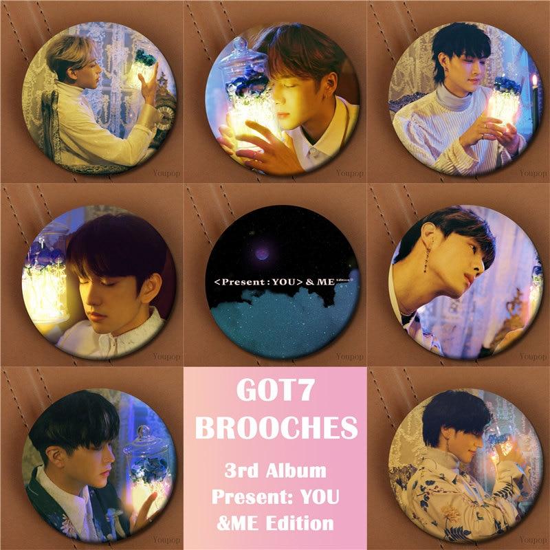Youpop KPOP GOT7 3rd Album Present You &Me Edition JACKSON MARK Brooch Pin Badge Accessories For Clothes Hat Backpack Decoration gorros de baño con flores