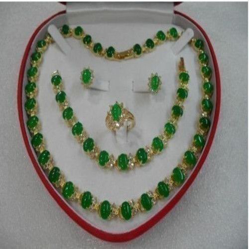 NEW Womens green Necklace/Earrings/Ring/Bracelet Jewelry Set G4T848NEW Womens green Necklace/Earrings/Ring/Bracelet Jewelry Set G4T848