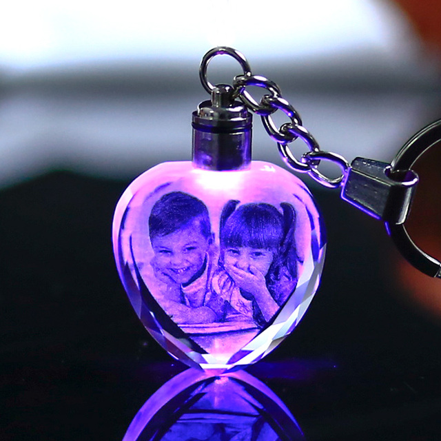 Colorful Crystal Key Chain Photo LED Light Keychain Fashion Luminated Keyring Heart Shaped Glass Picture DIY Baby Souvenir Gift