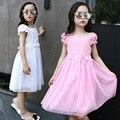 2017 Специальное летнее корейский издание puff рукавом девушки одеваются кружева вышивка чистый цвет девушки платье принцессы розовый белый