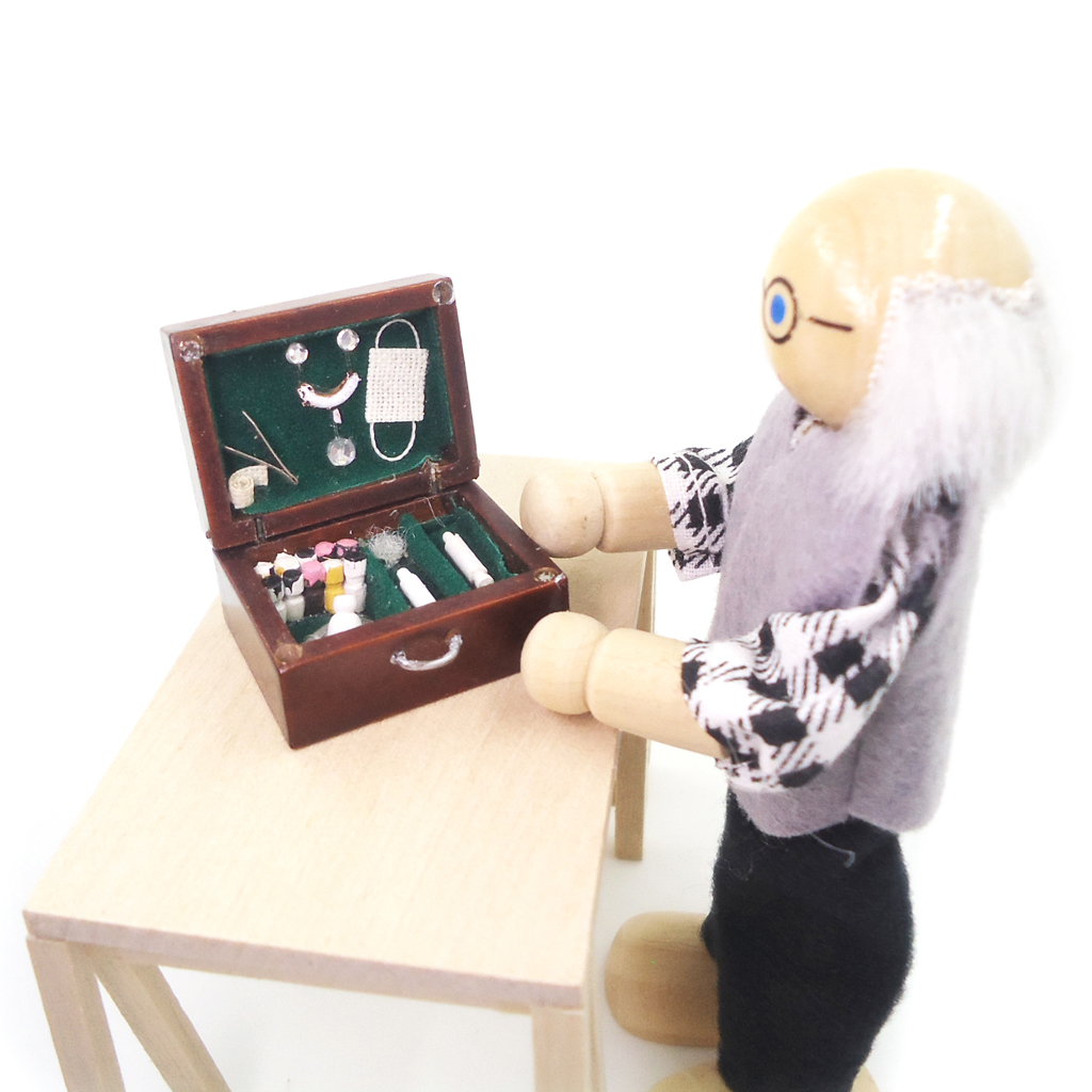 1/12 масштаб кукольная Миниатюра дерево аптечка поле миниатюрный медицинский ящик для инструментов домашнего декора для детей Классические ...