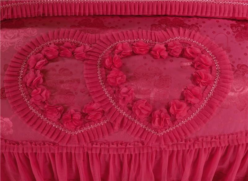 Pitsiline südametega siidist voodipesukomplekt