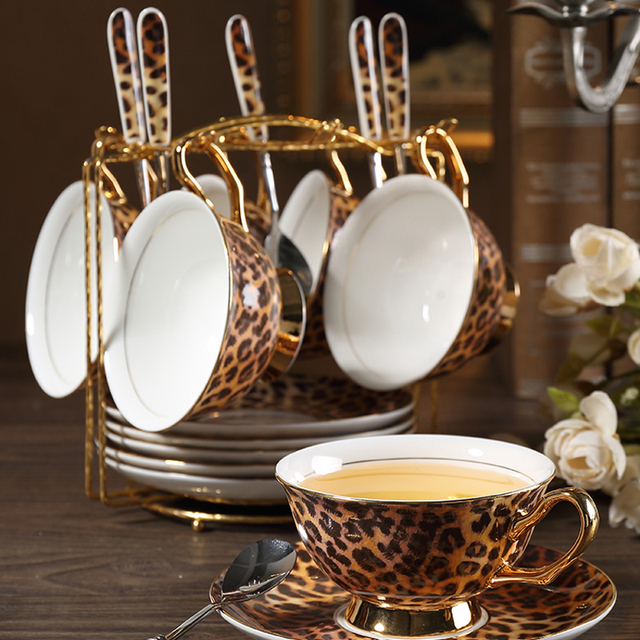 Europe Classic Leopard Print Bone China coffee cups and saucers coffee cup dish set Hand painted Golden rim Home Party tea cup