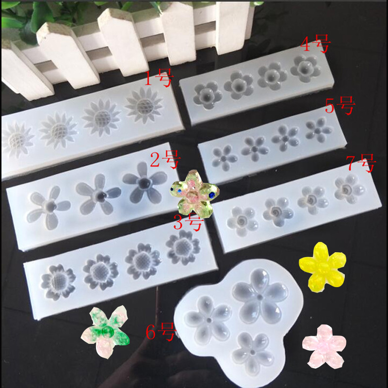 1PC Sunflower Flower Liquid Silicone Mold DIY Resin Jewelry Pendant Necklace Pendant Lanugo Mold Resin Molds For Jewelry