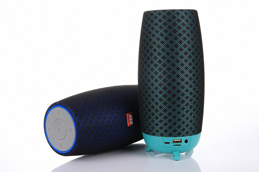 3D Stereo Wireless Bluetooth Speaker Waterproof Fabric Portable Music Speakers Sound Box Audio Boom Box With MIC Hands-Free