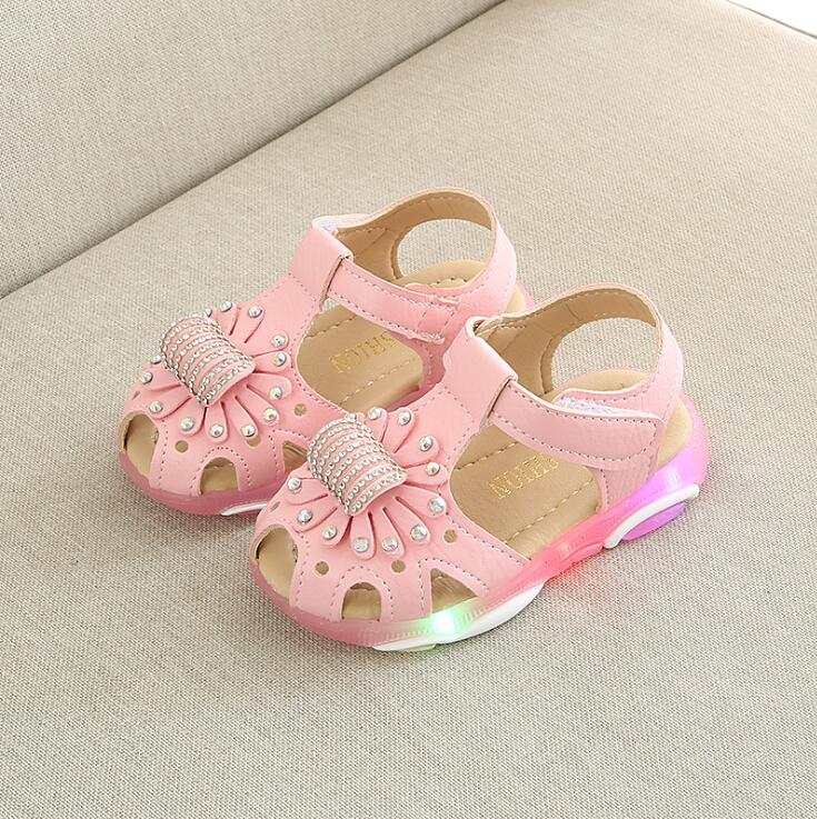 Hot Sale Summer Baby Girl Sandals Bowtie Children Shoes PU Leather Small Kids Sandal Princess Girls Shoe LED LightHot Sale Summer Baby Girl Sandals Bowtie Children Shoes PU Leather Small Kids Sandal Princess Girls Shoe LED Light