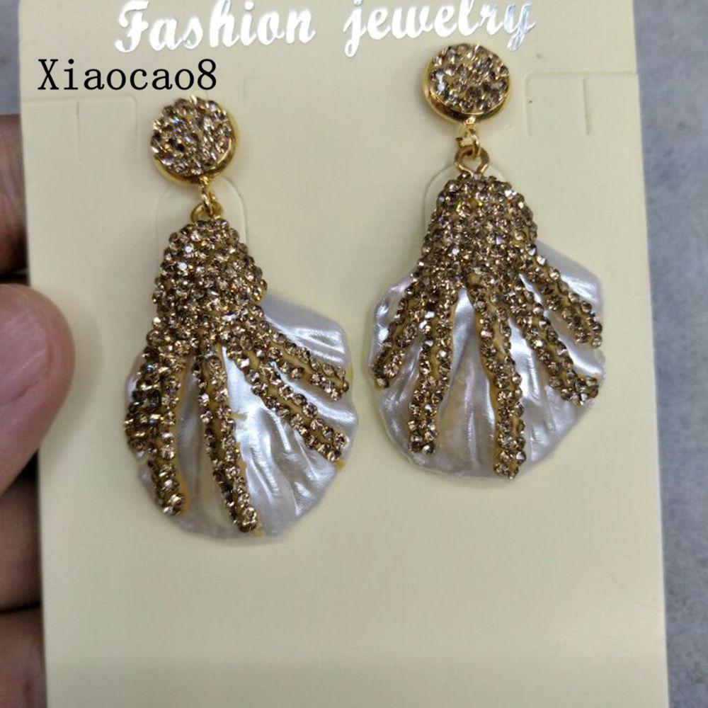 Gold Rhinestone Dangle Drop Earring 2017 Trendy Wedding Earrings for Women Geometric Big Shell Earrings Statement Jewelry Gift pair of trendy geometric rhinestone alloy ear cuff for women